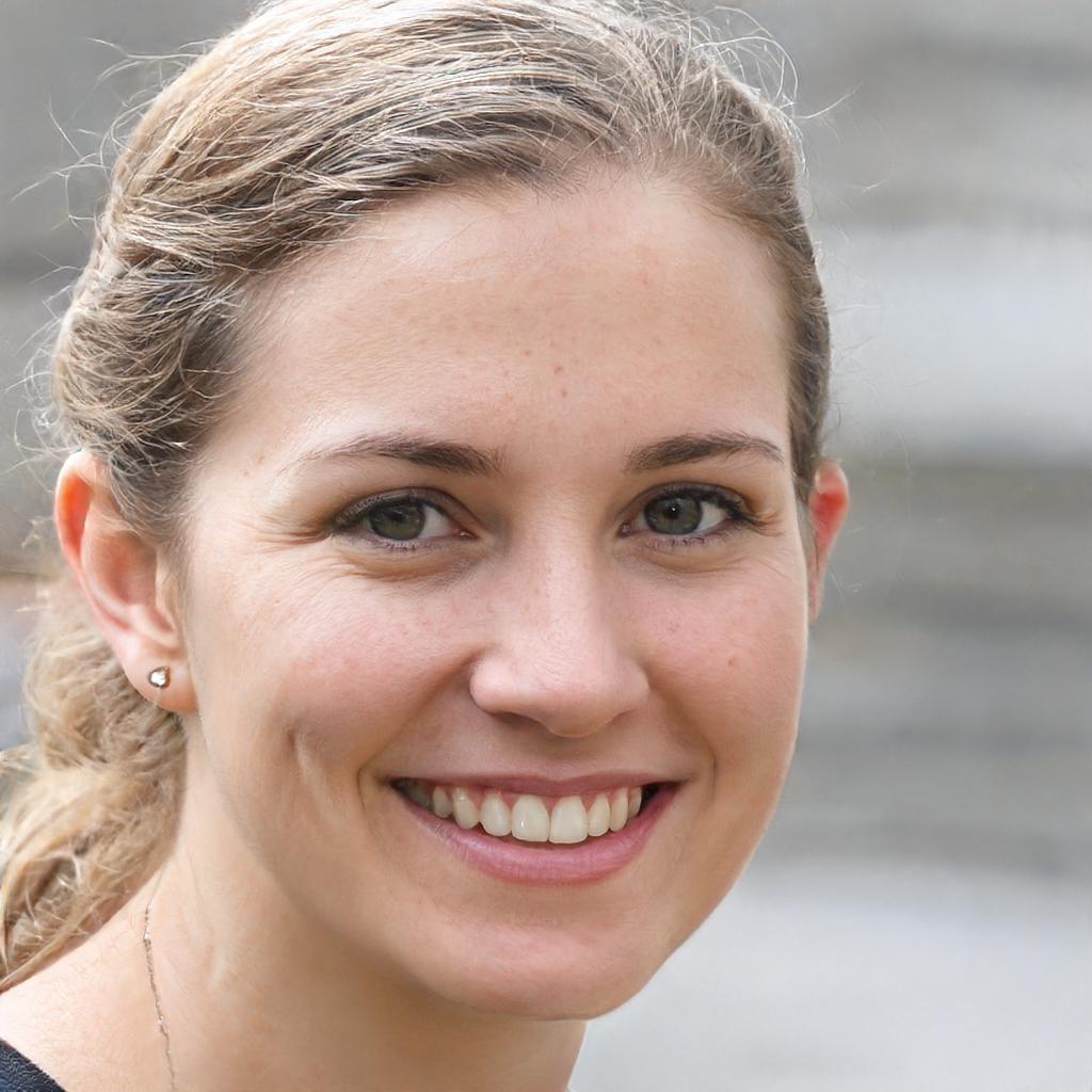 Dr. Linda Webb, DDS profile picture